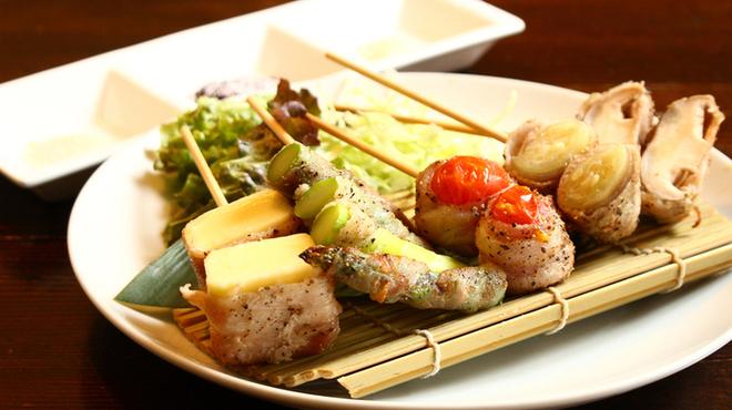 魚とん - メイン写真: