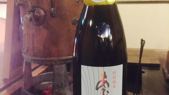 ろばた焼 和和 - ドリンク写真:【あたごのまつ 特別純米火入れ 新酒】昨年SAKEコンペティション純米の部第一位に輝いた新澤酒造店の「究極の食中酒」です。