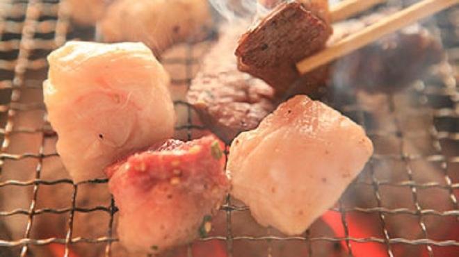 焼肉・塩ホルモン 三ちゃん - メイン写真: