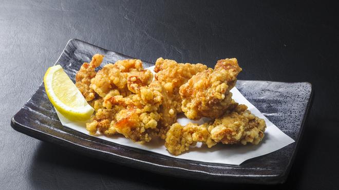 浜焼き しんちゃん - 料理写真:鶏の唐揚げ   480円