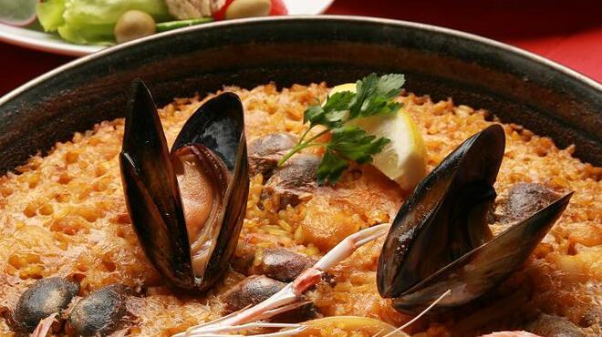 バル デ エスパーニャ ムイ - 料理写真:調味料にまでこだわったパエジャは大人気