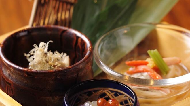 飛騨牛専門 華家 - 料理写真:日替わりの前菜