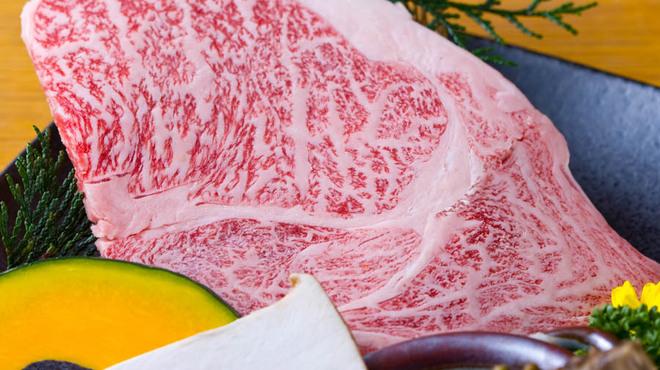 かね竹 - 料理写真:かね竹のお肉はすべて黒毛和牛です♪
