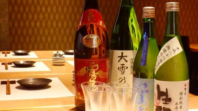 魚・オイルしゃぶしゃぶ 和達 - ドリンク写真:日本酒