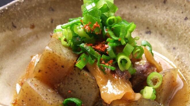 噂のこの串かつあのおでん 博多駅前倶楽部 - 料理写真:名物 土手焼き 480円