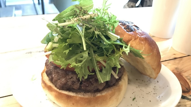 JAGBAR potato & hamburger - 料理写真:JAGバーガー