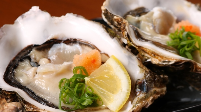 炭道楽 とり井 - 料理写真:生牡蠣