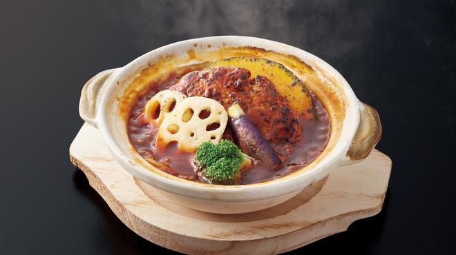 香辛亭 - 料理写真:土鍋ハンバーグ_デミグラス