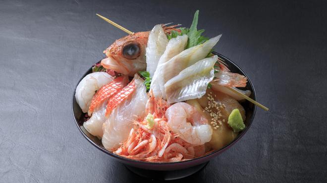 海鮮丼 佐政 - メイン写真: