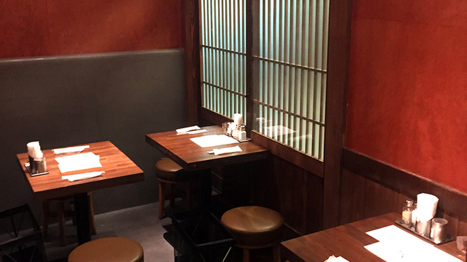 四条富小路 麺屋虎杖 - 内観写真:
