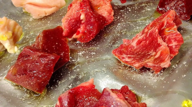 赤身とホルモン焼 のんき - 料理写真: