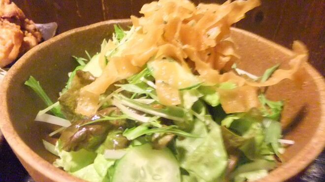 花家 - 料理写真:新鮮野菜サラダ