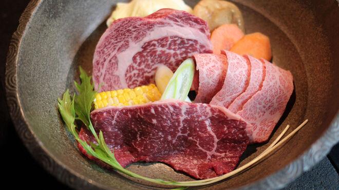 松阪牛炭火焼肉まる良 - 料理写真:【名物】黄金盛り