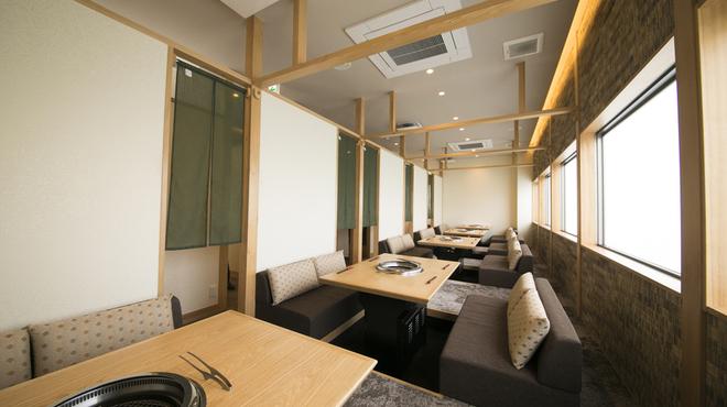 近江牛一筋 農家レストラン だいきち - 料理写真:レストラン 掘りごたつ席