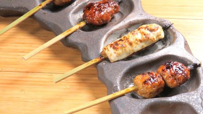 炭火ビストロ 華泉 - 料理写真:華泉つくね4種盛合せ!