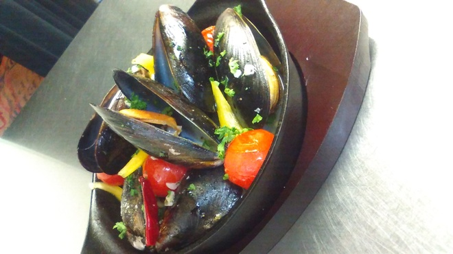 food&bar KABURETTA~カブレッタ~ - 料理写真:ムール貝の白ワイン蒸し