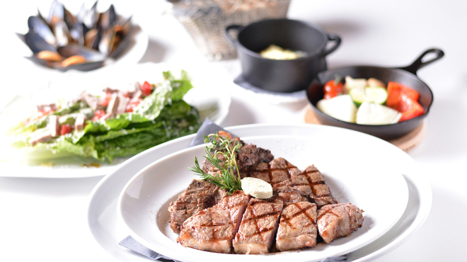BLUE BRICK STEAK HOUSE - メイン写真: