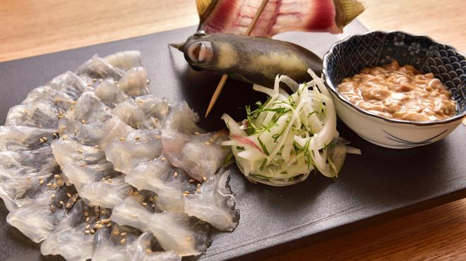 銀座 魚ばか - 料理写真:かわはぎ薄造り