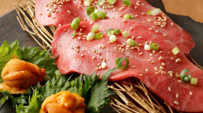 焼肉ワインバル mEat Esola - メイン写真: