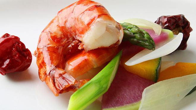 天厨菜館 - 料理写真:殻付き大エビのXO醤炒め