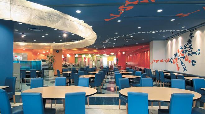イーポック - 内観写真:ホテル近鉄ユニバーサル・シティ4階にある、大型バイキングレストランです。