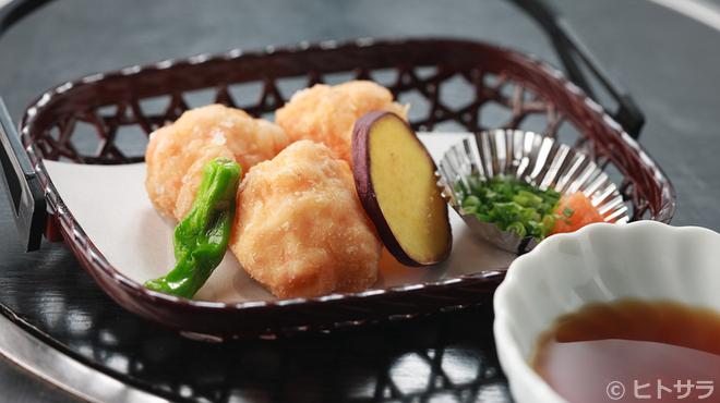 やまなみ - 料理写真:ふんわりした食感の『海老しんじょ揚げ』