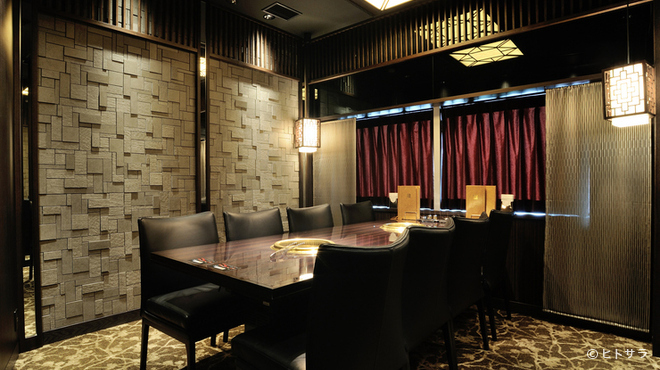 天壇  - 内観写真:VIPルーム完備。究極のプライベート空間で焼肉を堪能する