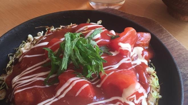 やきもんや Saute - 料理写真:ランチ限定トマトのお好み焼き