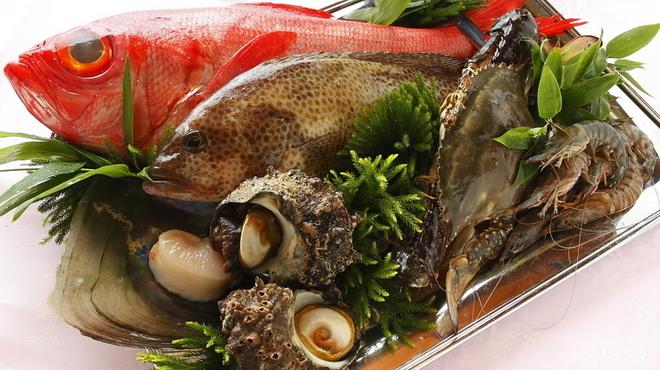 古月 - 料理写真:鮮度のいい旬の魚介類を中国料理にアレンジ