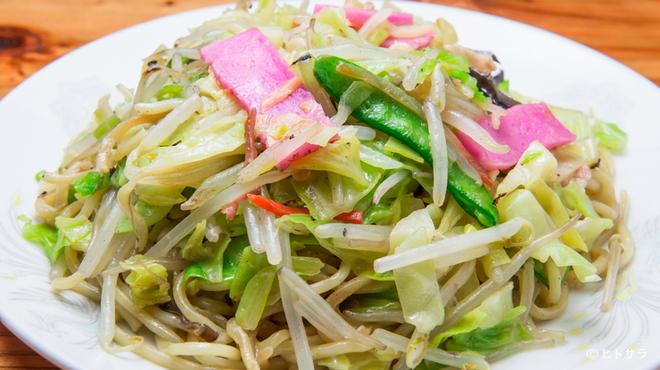 元祖赤のれん 節ちゃんラーメン - 料理写真:ボリュームたっぷりの野菜が嬉しい『皿うどん』(やわ麺)