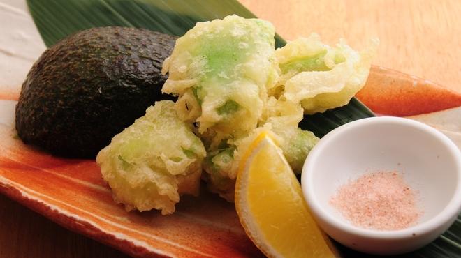 ときすし - 料理写真:アボカドの天ぷら