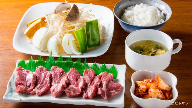 生ラムジンギスカン なんまん - 料理写真:脂肪が吸収されにくく、体に吸収されやすい鉄分を多く含む肉料理