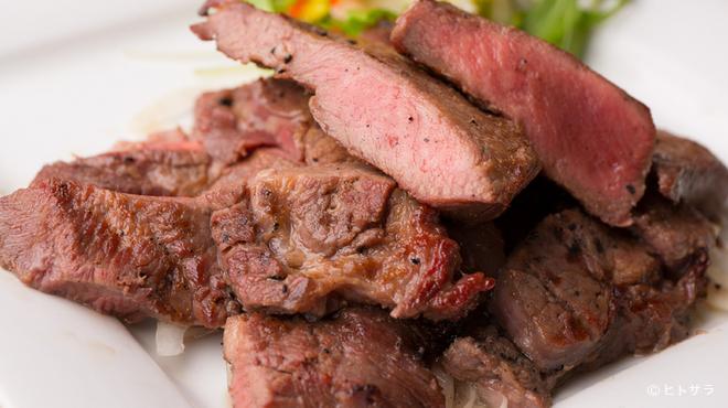 暖厨 - 料理写真:一週間熟成させたとろける牛たん焼き 100g