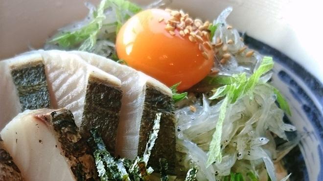 お食事処 浜ちどり - メイン写真: