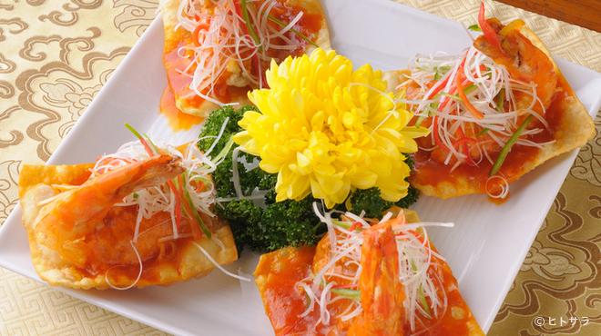 巧匠 - 料理写真:綺麗な色のコントラスト。器の上に料理の華が咲いています