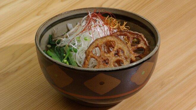 花菜 - 料理写真:ヴィ―ガン対応のラーメン