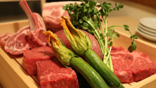 肉の五合 - メイン写真: