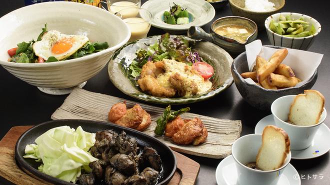 ひなはる - 料理写真:料理によって使い分ける、宮崎の地鶏