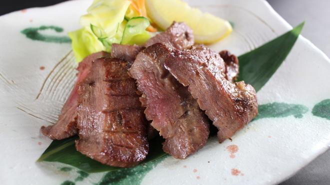 かっぱ亭 - 料理写真:熟成厚切り牛タン