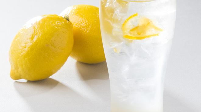 つくね十番 - ドリンク写真:柚子レモンサワー