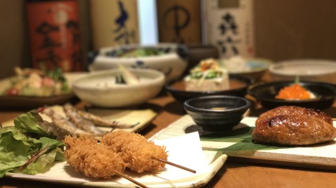とんかつ 田 - 料理写真:宴会、女子会などに一品料理も充実です☆