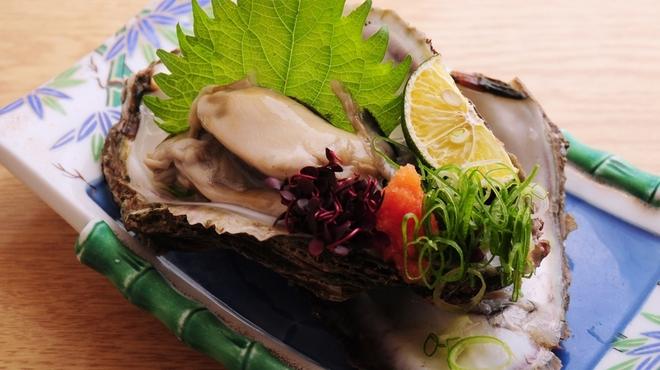 ときすし - 料理写真:岩牡蠣ポン酢 980