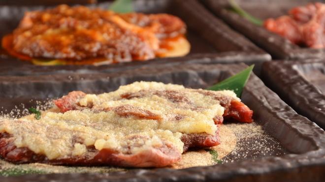 全品298円 焼肉 食肉卸 卸や 肉八 - メイン写真: