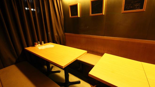 ネオ大衆串焼酒場 ぽるころっそ - メイン写真: