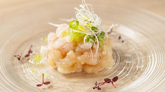 かこい - 料理写真:甘エビとわさび漬けのタルタル とろっとプリっとした甘エビにピリッと辛いわさびが口の中に広がります。 お酒のすすむ一品です。日本酒とどうぞ。