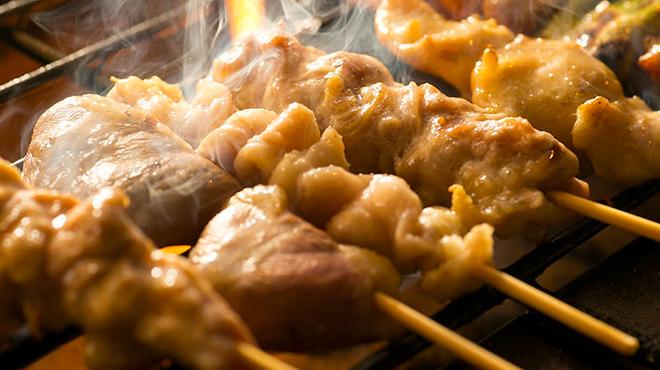 炭火焼き 煙 - 料理写真:串も備長炭で一本一本丁寧に焼きあげます。