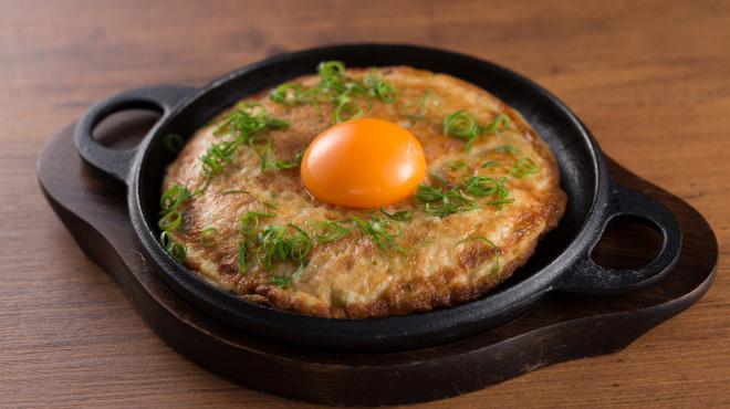 つぼ八  - 料理写真:山芋鉄板
