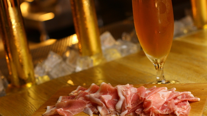 クラフトビール アンド ワイン ウー! - メイン写真: