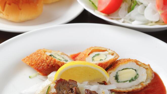 サラダの店サンチョ - 料理写真:セレクトセット:当店の味か凝縮された、スープorドリンク・料理・サラダ・ライスorパンのセット料理