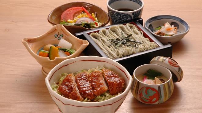 小嶋屋総本店 - 料理写真:ソースかつ丼膳